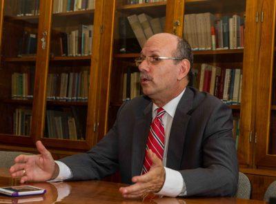 Interjú Dr. Hack Péter jogásszal, a Helsinki Bizottság korábbi alapító tagjával