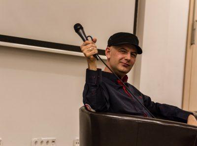 Vujity Tvrtko pódiumbeszélgetés a Sajtóházban